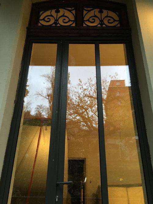 Porte d entree style atelier d coration de maison for Decoration entree maison moderne