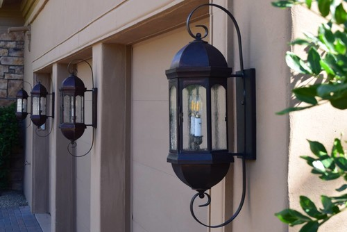 houzz spotlight choosing the right outdoor lighting fixtures