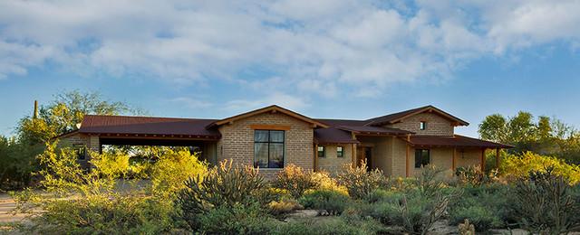 Rural adobe phoenix von clint miller architect for Adobe style manufactured homes
