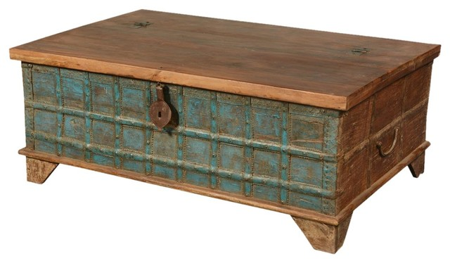 emerald blue captain 39 s stash old wood coffee table chest. Black Bedroom Furniture Sets. Home Design Ideas