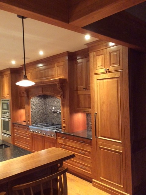 Traditional Country Home Traditional Kitchen Toronto By Neff Of Chicago Custom Cabinetry