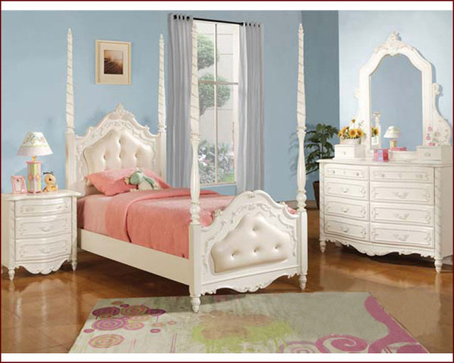 pearl white poster full bed with leather headboard
