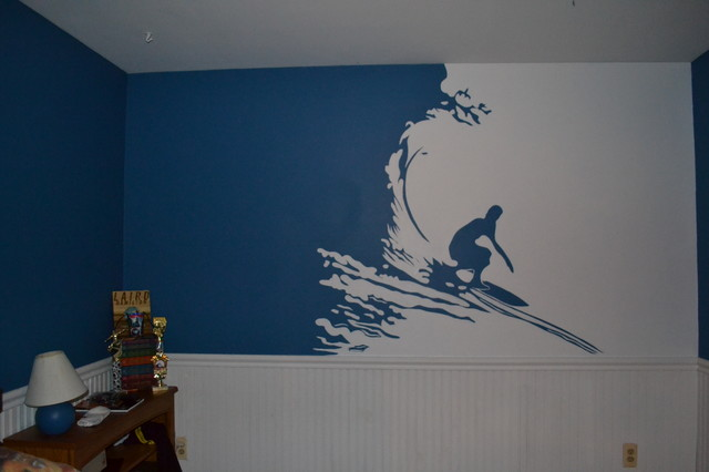 surfer mural in teenage boys room