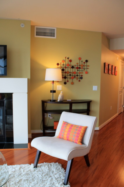 Seattle Downtown Condo Contemporary Seattle By Seattle Staged To Sell And Design Llc