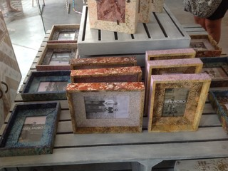 Decorator items beach style picture frames brisbane for Bungalow style picture frames