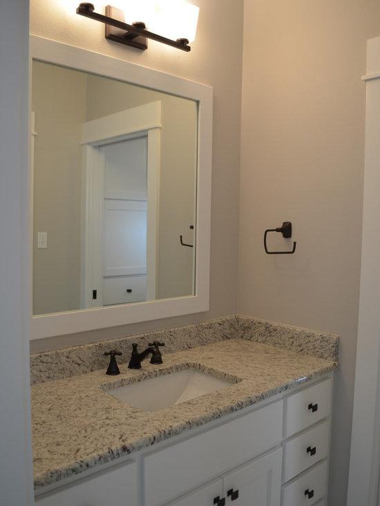 Craftsman style bathroom bath design ideas pictures for Craftsman style bathroom design ideas