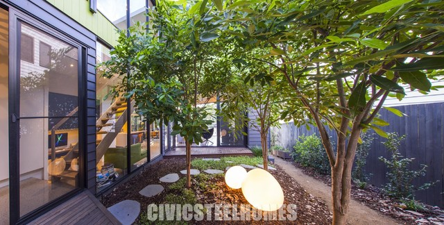 Chelmer contemporary courtyard brisbane by civic for Courtyard landscaping brisbane