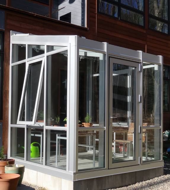 clear anodized residential greenhouse   moderno   serre