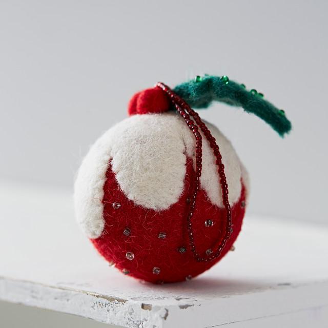Felt christmas pudding decoration contemporary