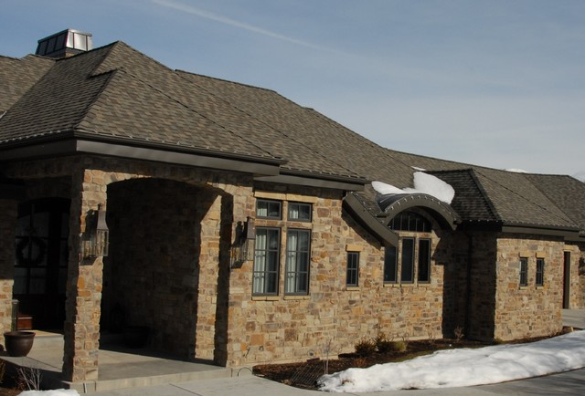 Lennox Empire Natural Stone Veneer Rustic Bricks And