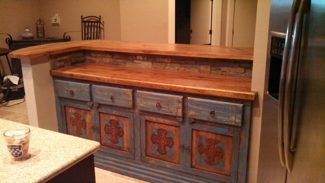 Texas Pecan Raised Bar With Curved End Rustic Kitchen