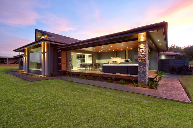 Hilltop Manor Cairns By Edr Building Designs