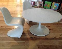 Sources for child size saarinen table knock off - Saarinen chair knock off ...