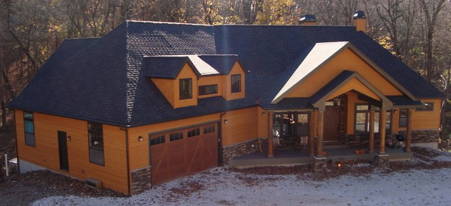 This house features lp smartside siding and shakes in for Lp smartside shake colors