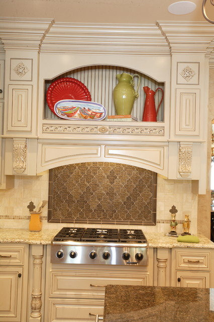 Bellevue Builders Kitchen Cabinets