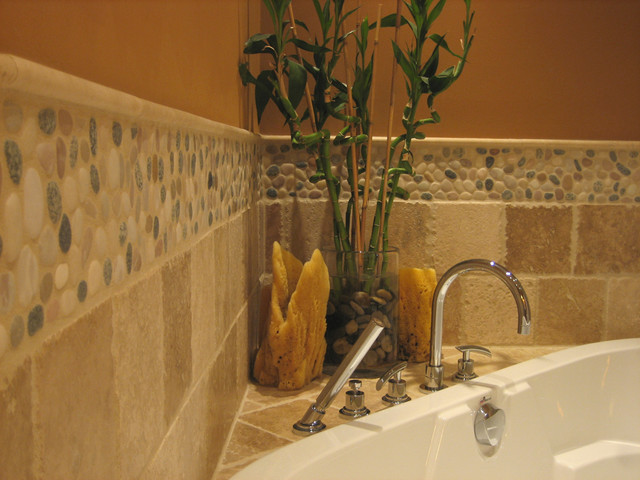 Perfect Decorative Pebble Tile Bathtub Backsplash