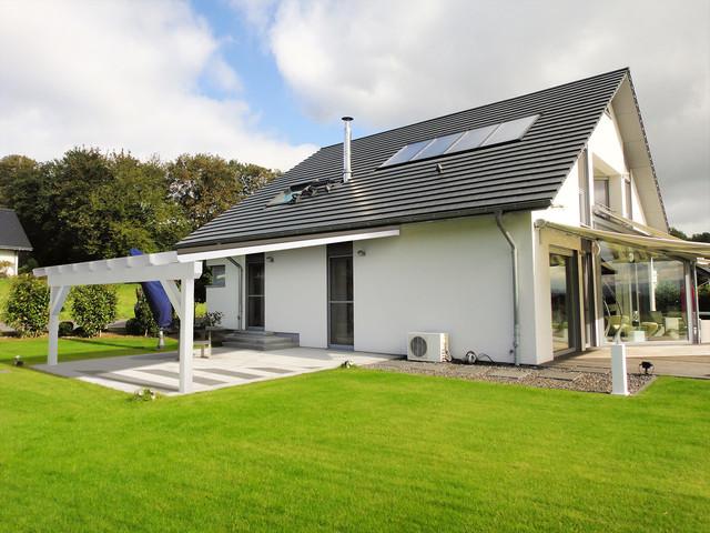 Solarterrassen und Carport Lösungen Modern Garten