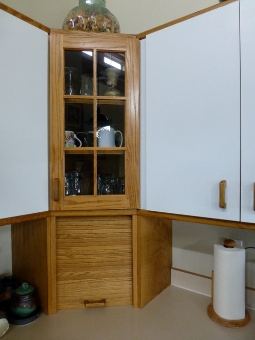 kitchen cabinets need repair and update how to repair wood kitchen cabinets how to repair
