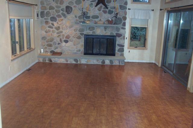 Bruce 39 s saltillo living room - Azulejos y suelos ...