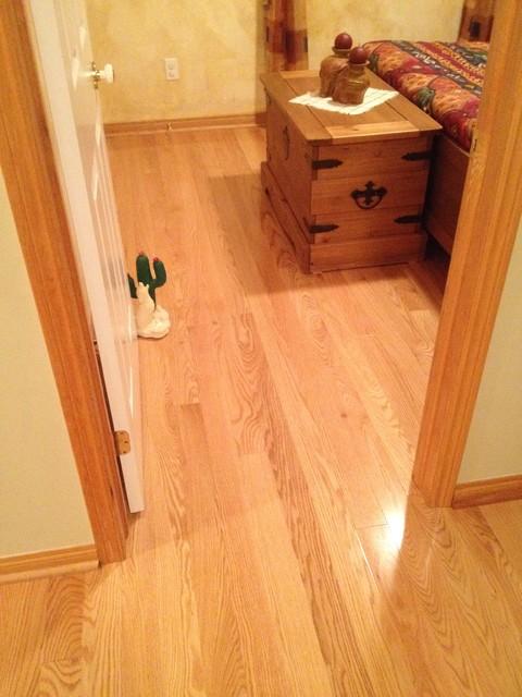 Red oak hardwood flooring and stair cases for Hardwood floor dealers
