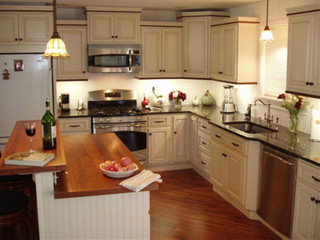 Antique White Kitchen Cabinets Home Design - Traditional - columbus - by Lily Ann Cabinets