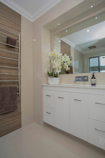 Dalkeith Renovation - Contemporary - perth - by Renew Interiors