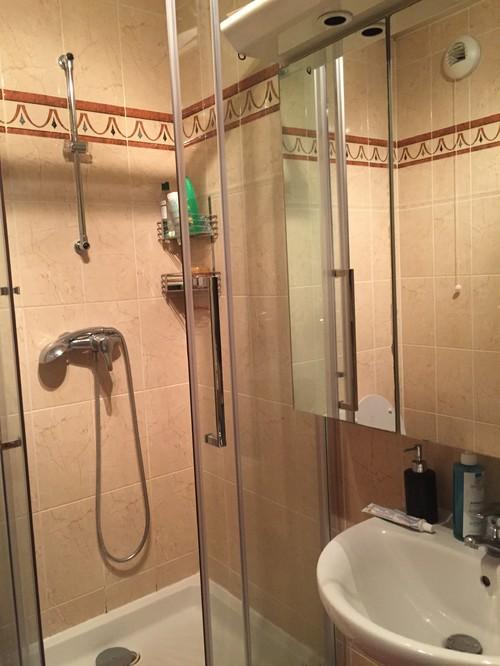 conseil pour refaire une douche et salle de bain. Black Bedroom Furniture Sets. Home Design Ideas