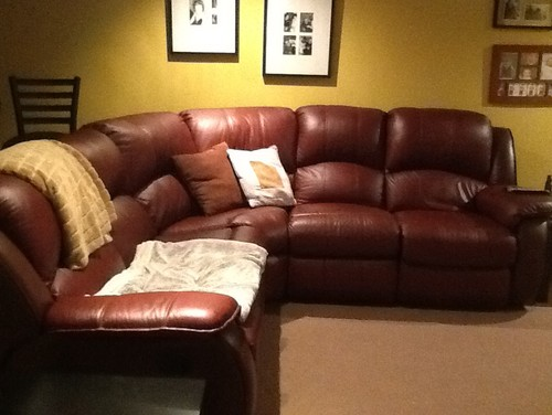 wall colors for a burgundy sofa