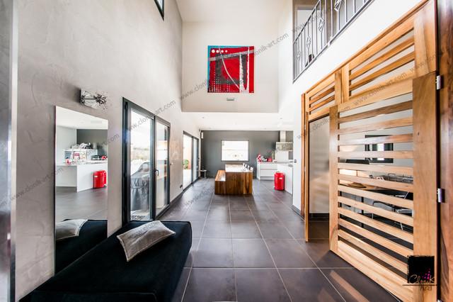 villa moderne hall d 39 entr e contemporain other metro par clonik art. Black Bedroom Furniture Sets. Home Design Ideas