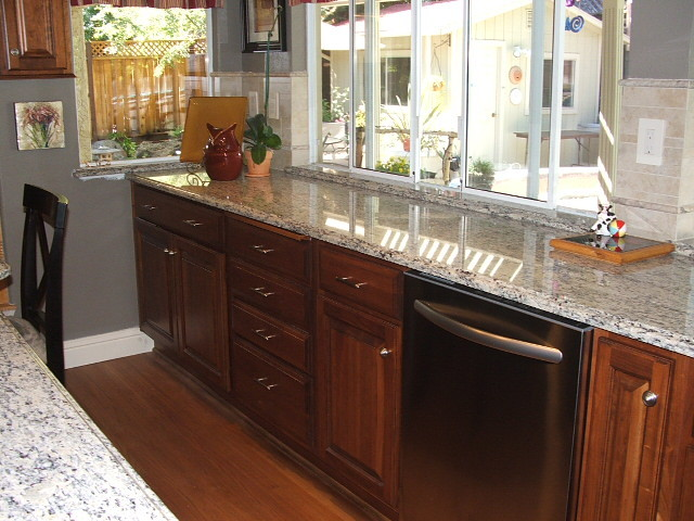 Cherry Nutmeg Traditional Sacramento By Kitchen Design Center