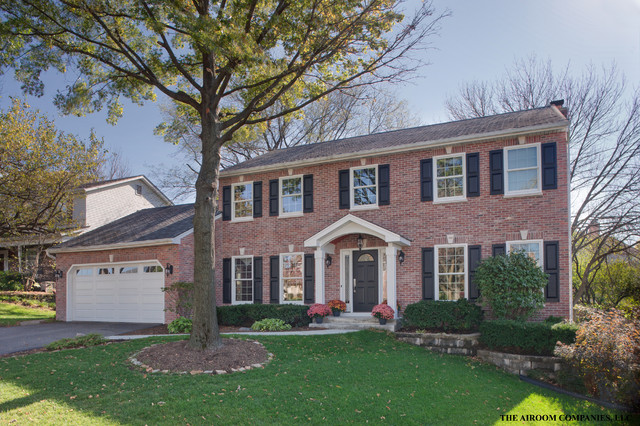 Brick House Front Elevation : Authentic colonial transformation traditional exterior