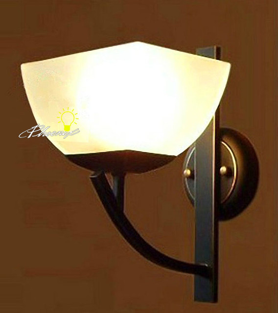 Wall Sconces Nyc: Anitque Iron Art And Glass Wall Sconce In Painted Finish