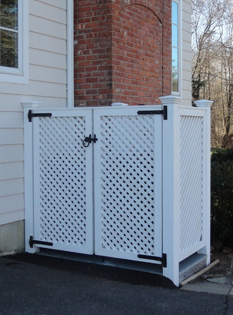 Cedar lattice screens and enclosures other by west for Garden enclosures screens fences