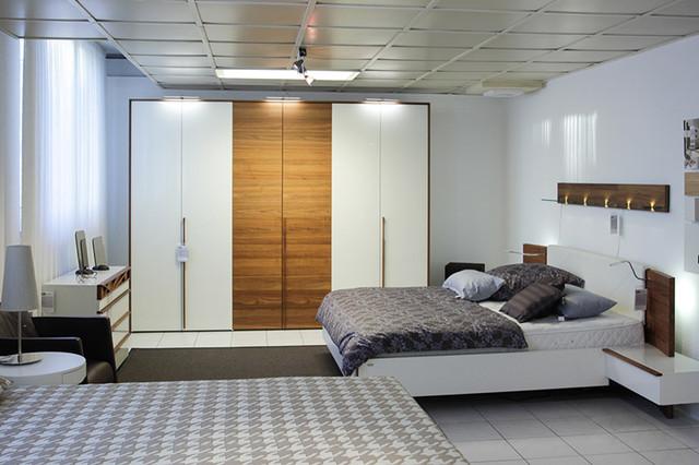 schlafzimmer kommoden hulsta das beste aus wohndesign. Black Bedroom Furniture Sets. Home Design Ideas