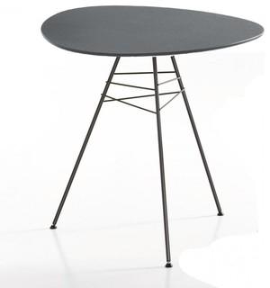 leaf gartentisch dreieckig h74 bauhaus look outdoor gartenm bel von. Black Bedroom Furniture Sets. Home Design Ideas