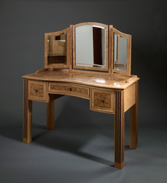 Pippy oak hand made bespoke furniture for Oak makeup table