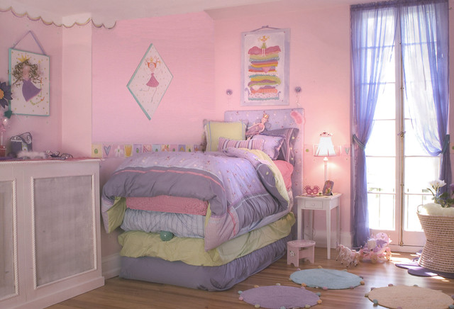 "Girls Bedroom ""Princess And The Pea"""