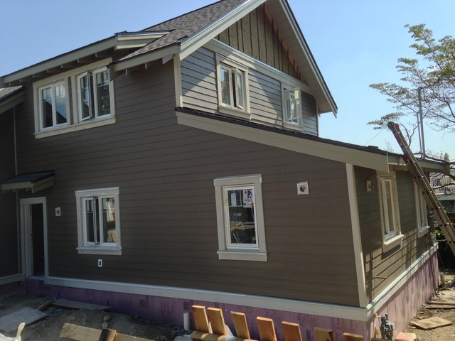North Vancouver Grand Boulevard Innovative Exterior Insulation Hardie Siding