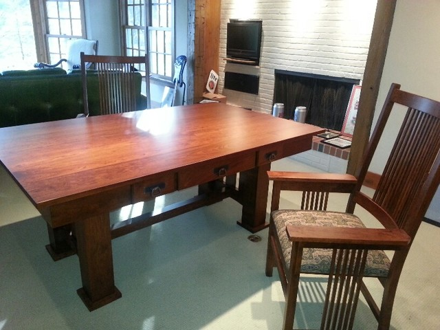Our work dining room chicago by walter e smithe for Walter e smithe dining room furniture