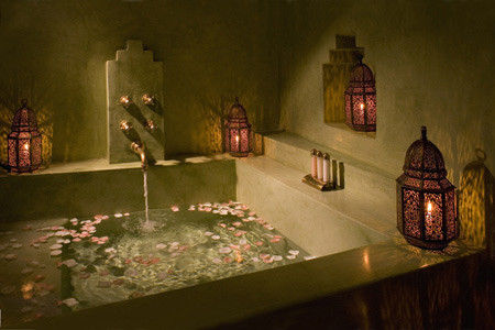 Moroccan Candle Lanterns In Bathroom