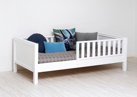 sanders bettbank 200cm mit rausfallschutz. Black Bedroom Furniture Sets. Home Design Ideas