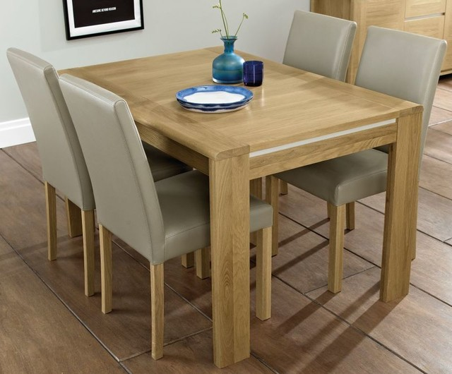 Bentley Designs Casa Oak Extending Dining Set With Upholstered Chairs Conte