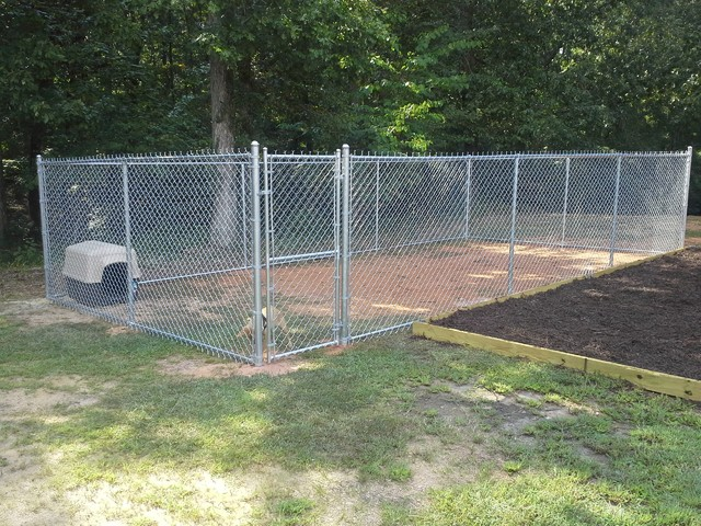 6 Chain Link Dog Pen With Bottom Rail