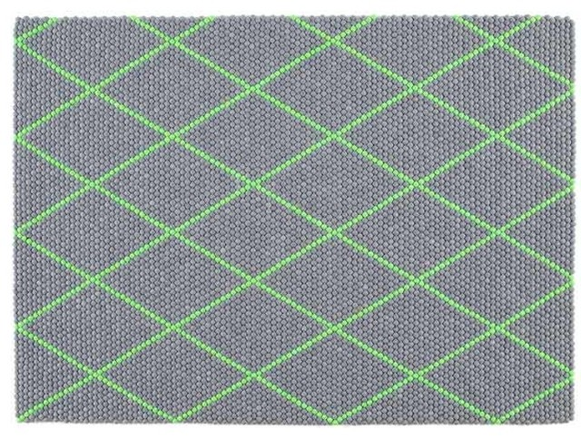 S B Dot Teppich Electric Green 150 X 200 Cm Hay Design