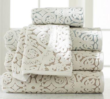 Sammie Tile Jacquard Bath Towel Porcelain Blue