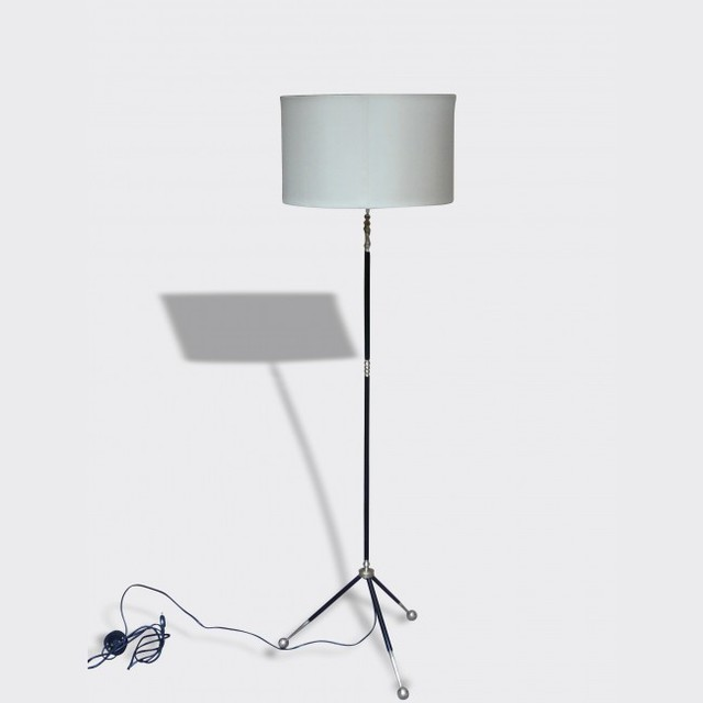 eclairer contemporain lampadaire int rieur other metro par brocante lab. Black Bedroom Furniture Sets. Home Design Ideas