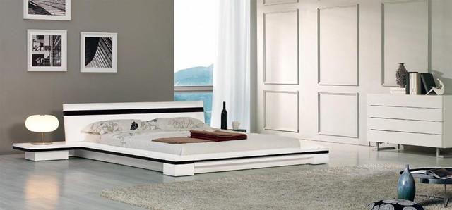 Elegant Lacquer Wood Luxury Bedroom Set