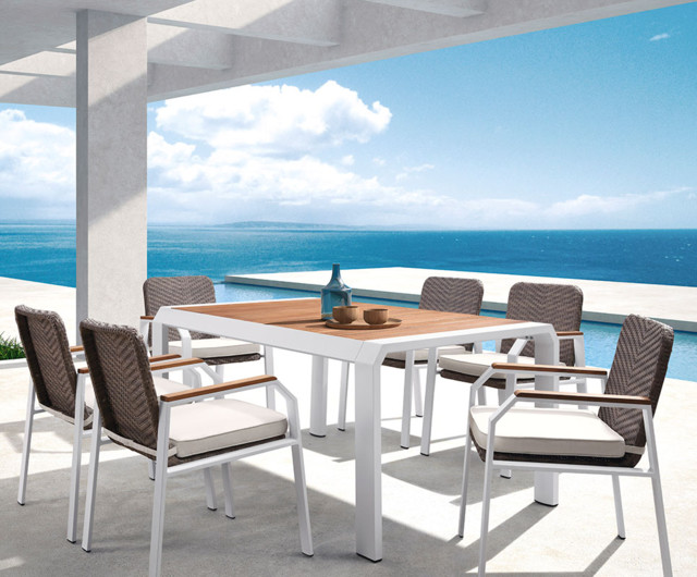 Outdoor Living Dining Sets 55