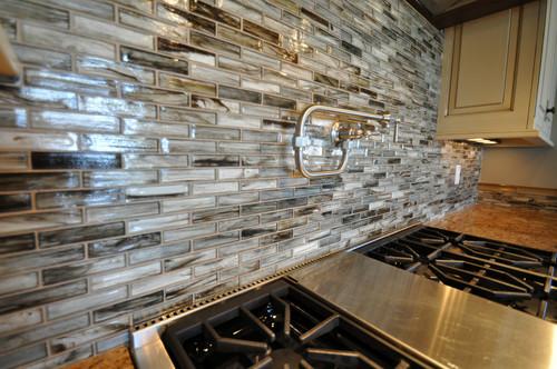 Tozen Glass Tile Kitchen Backsplash