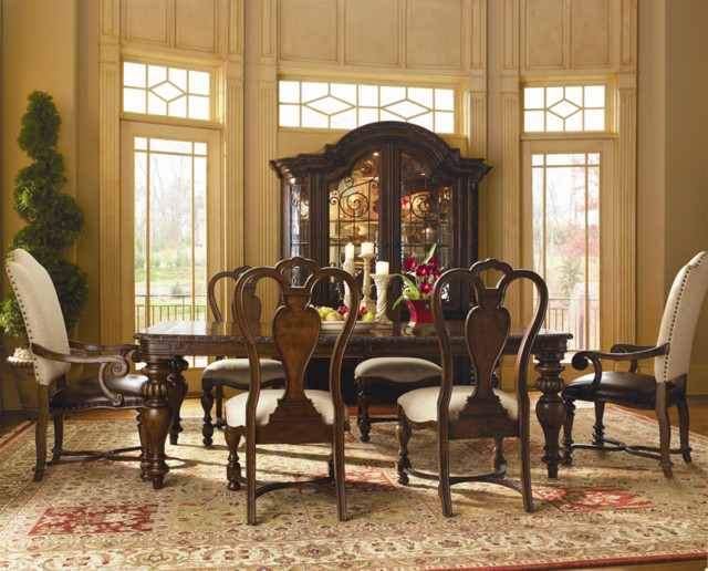 Bolero By Universal Dining Room Sets